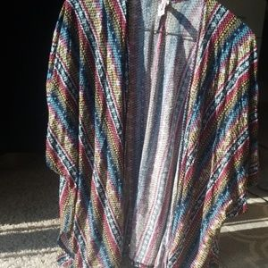 Lightweight Shortsleeved Poncho/Cardigan